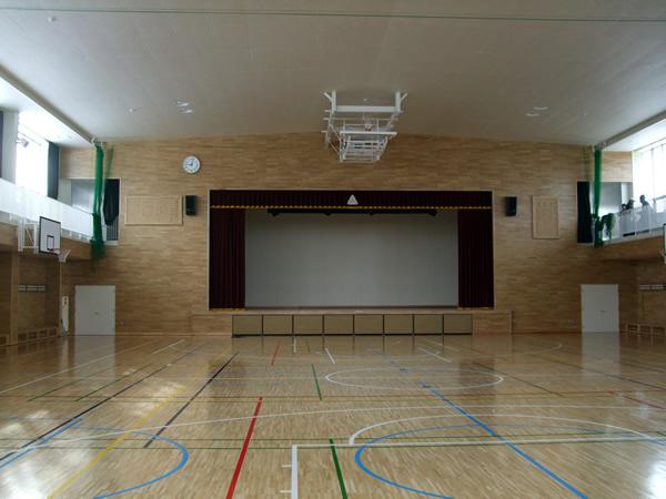 内装・フローリング工事追分中学校